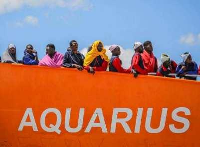 ob_d77d82_aquarius